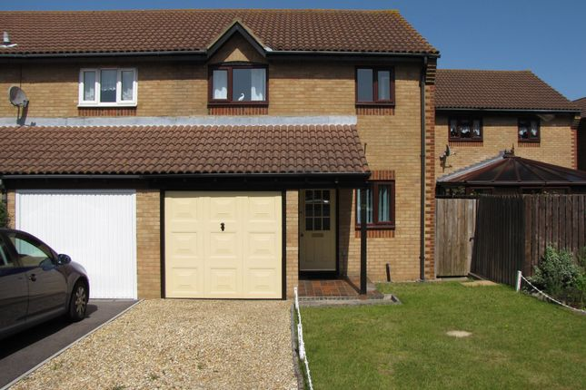 Thumbnail Semi-detached house to rent in Corby Crescent, Portsmouth