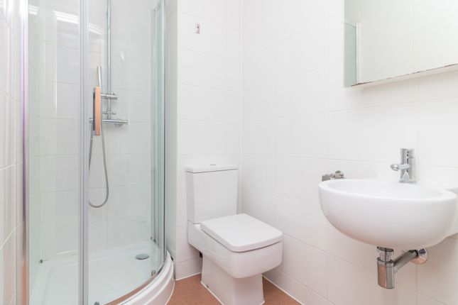 En Suite of Parham Road, Canterbury CT1