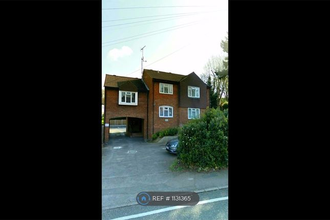 Thumbnail Flat to rent in Weald Road, Brentwood