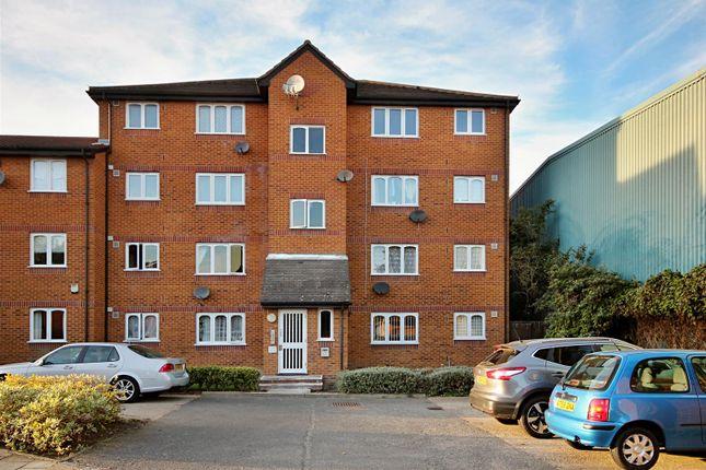 Studio to rent in Sybil Pheonix, Surrey Quays SE8