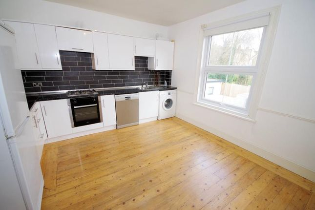 Thumbnail Flat to rent in Redbourne Avenue, Finchley