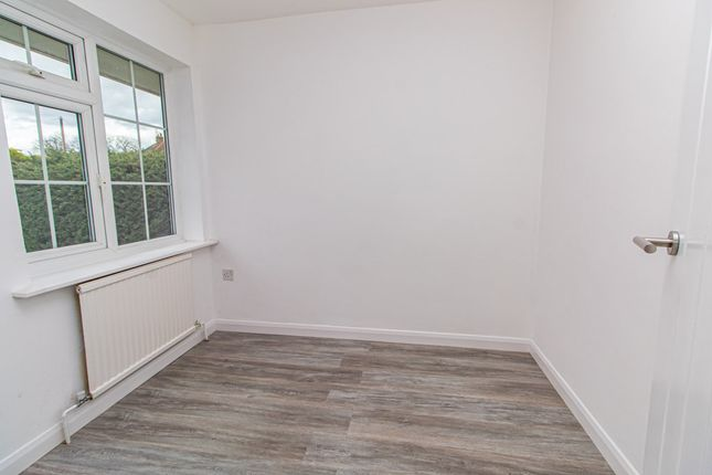 Bedroom of Brendon Way, Westcliff-On-Sea SS0