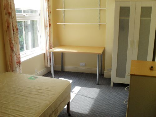 Thumbnail Shared accommodation to rent in Reservior Retreat, Edgbaston. Birmingham
