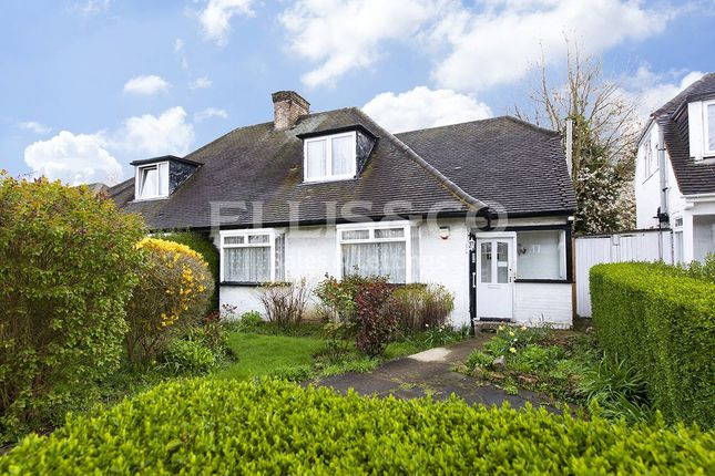 Thumbnail Bungalow for sale in Purley Avenue, London