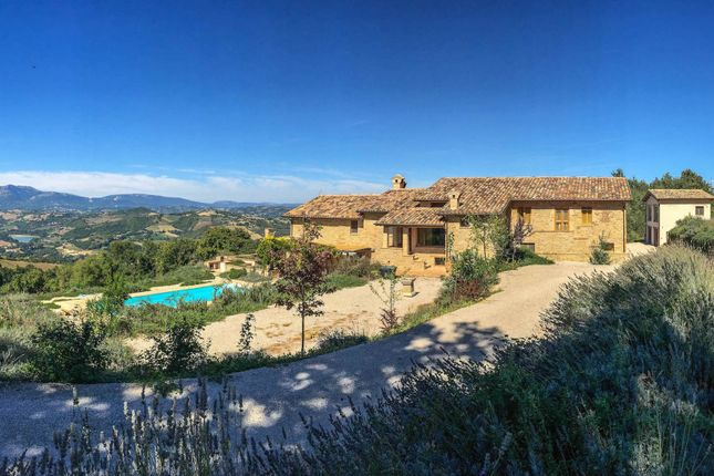 5 bed country house for sale in Smerillo, Fermo, Marche, Italy