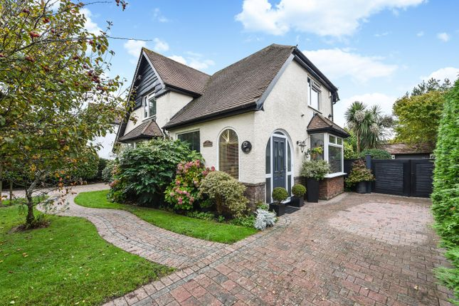 Detached house for sale in Roundle Square, Felpham