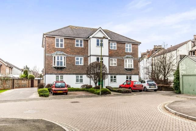 Thumbnail Flat for sale in Court Road, Lewes