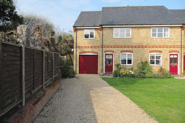 Thumbnail Semi-detached house to rent in The Fleet, Royston