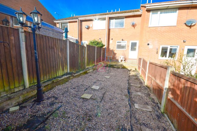 Thumbnail Terraced house to rent in Westland Road, Westfield, Sheffield