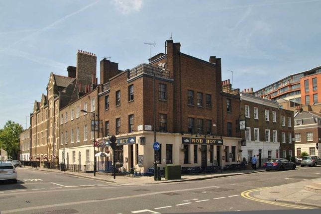 Thumbnail Hotel/guest house for sale in Sale Place, London