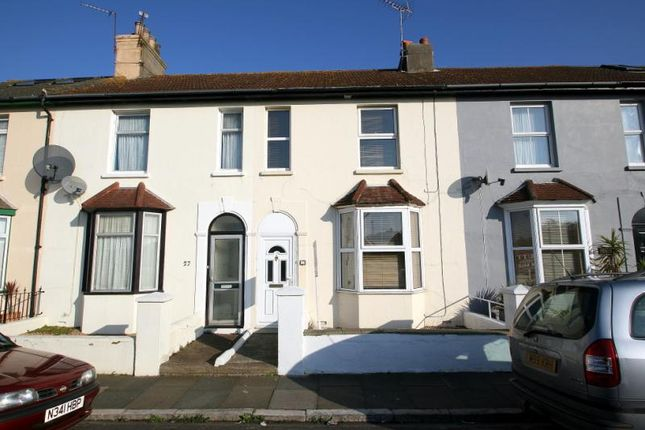 Thumbnail Property to rent in Gloucester Road, Littlehampton