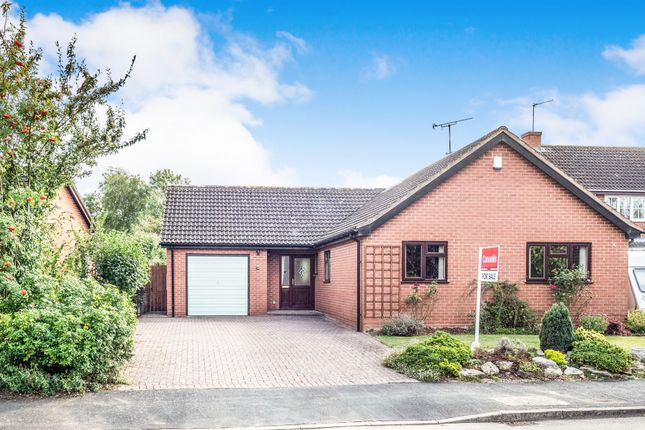 Thumbnail Detached bungalow for sale in Gloster Gardens, Wellesbourne, Warwick