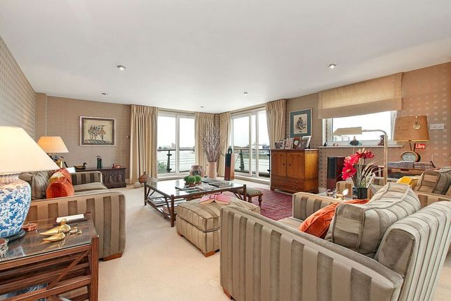Thumbnail Property to rent in Smugglers Way, London