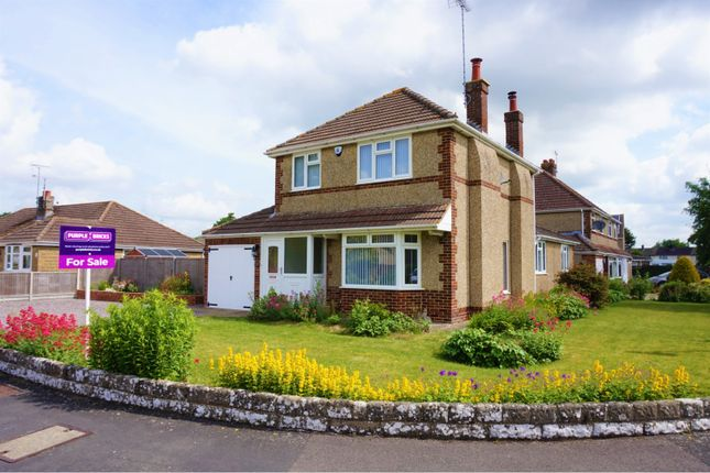 Front of Highclere Avenue, Swindon SN3