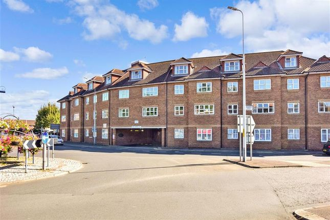 1 bed flat for sale in Prospect Road, Hythe, Kent CT21
