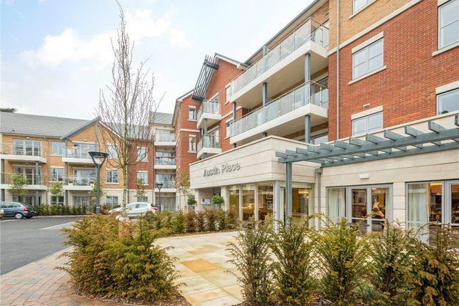 Thumbnail Flat for sale in Oatlands Drive, Weybridge, Surrey