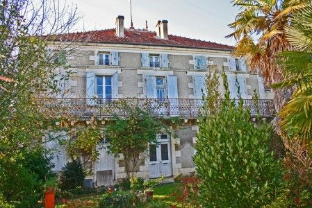 Thumbnail Country house for sale in Angouleme, Charente, France