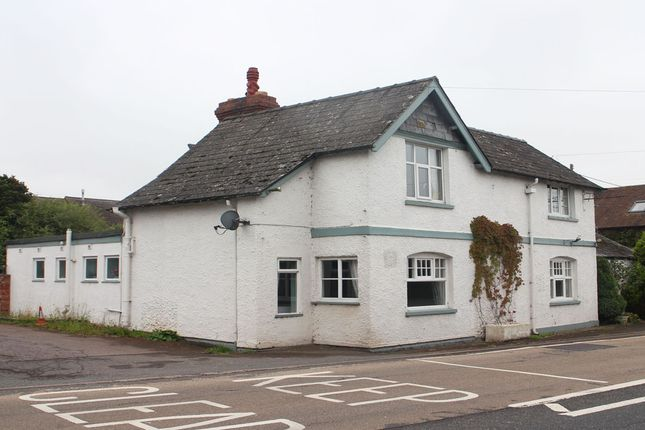 Thumbnail Pub/bar for sale in Lower Eggleton, Herefordshire