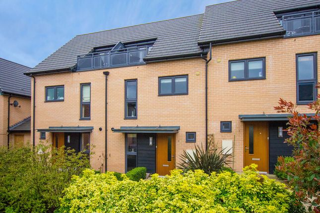 Thumbnail Town house for sale in Neath Farm Court, Cambridge