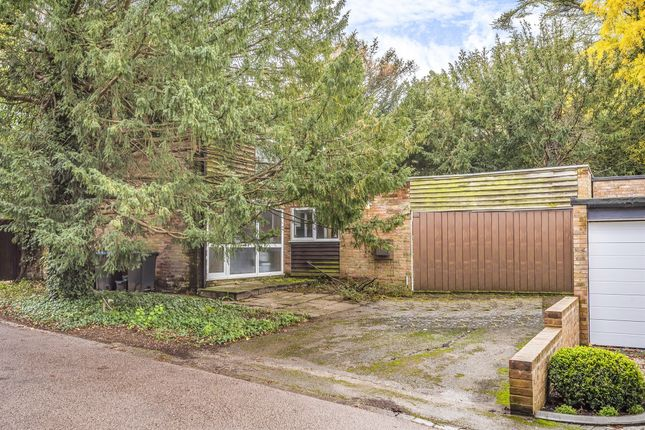 Mansion Drive, Tring HP23
