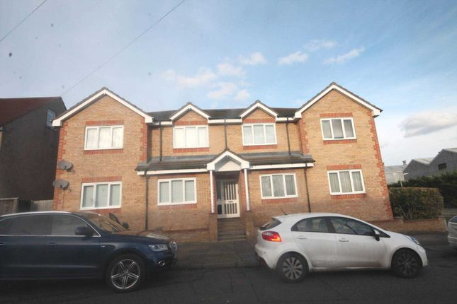 Thumbnail Flat to rent in Lower Range Road, Gravesend