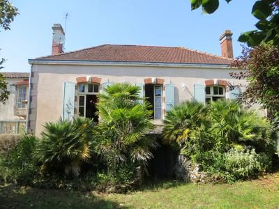 Thumbnail Property for sale in Mareuil-Sur-Lay-Dissais, Vendée, France