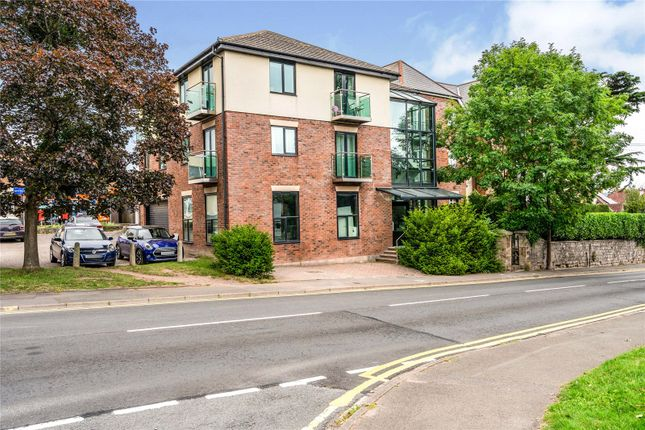 2 bed flat for sale in Folly Lane, Hereford HR1