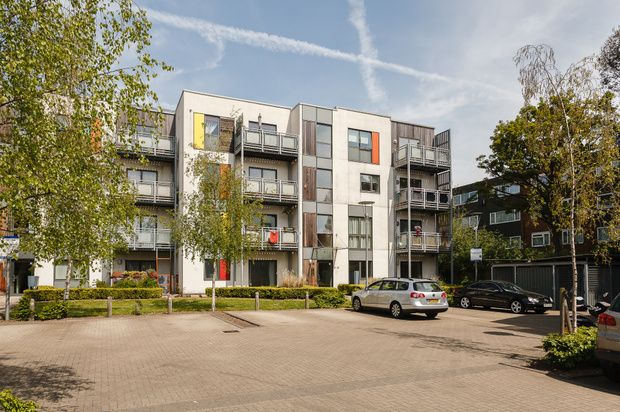 1 bed flat for sale in Banks Yard, Hounslow
