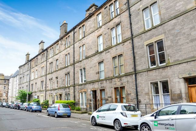 2 bed flat for sale in 24, (2F2) Blackwood Crescent, Newington