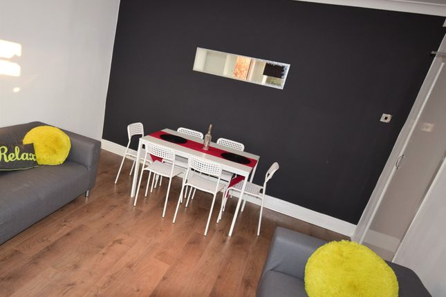 Thumbnail Room to rent in Room 6, 15 Brentwood, Salford