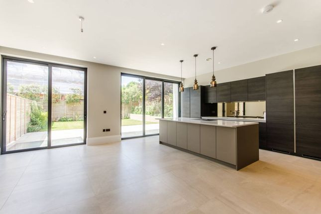 Thumbnail Property to rent in Arterberry Road, Wimbledon Village