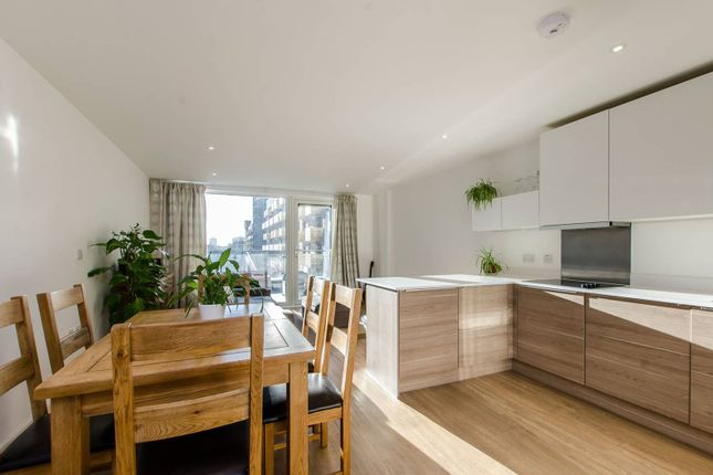 Thumbnail Flat for sale in Seafarer Way, Rotherhithe