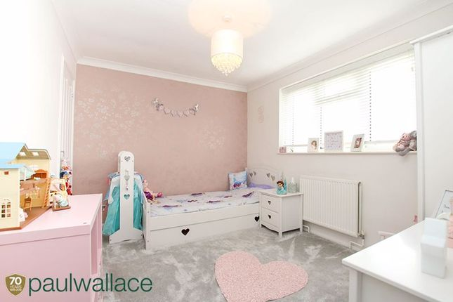 Bedroom Two of Richmond Close, Cheshunt, Waltham Cross EN8