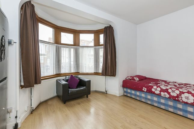 Thumbnail Semi-detached house to rent in Ilford, Essex