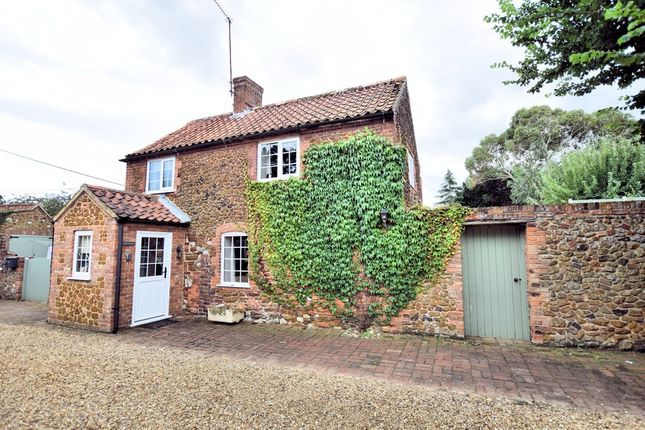 Thumbnail Cottage to rent in Cheney Hill, Heacham, King's Lynn