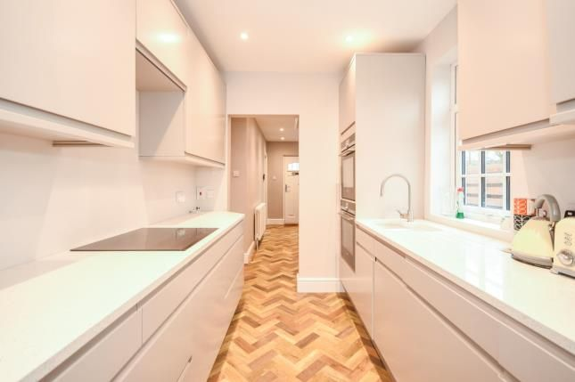 Kitchen of The Avenue, Witham CM8