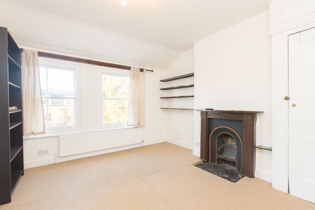 Thumbnail Flat to rent in Elmbourne Road, Balham, London