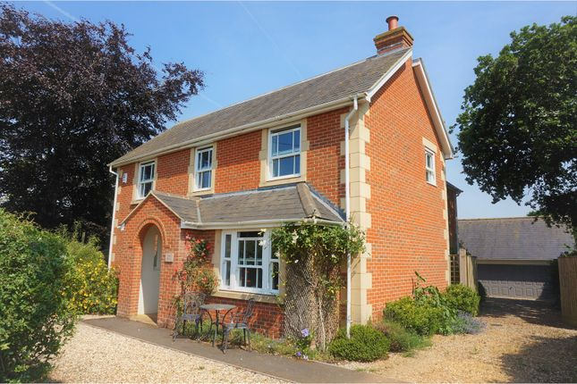 Thumbnail Detached house for sale in New Road, Bromham