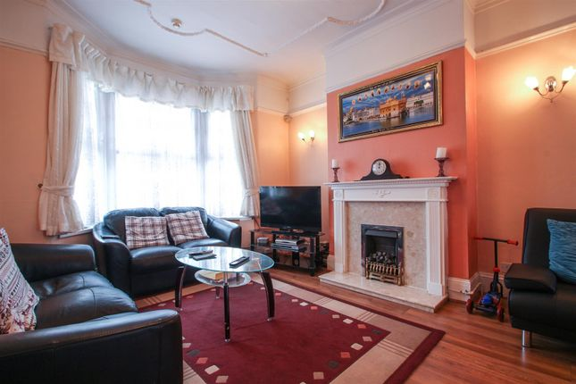 Thumbnail Terraced house for sale in Gatling Road, London