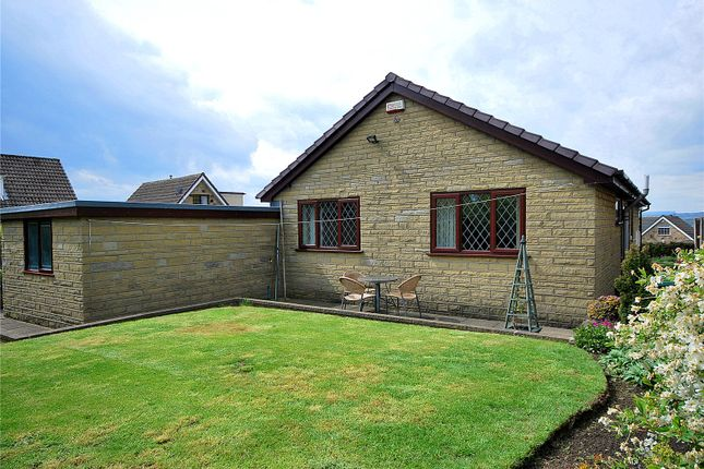 Picture No. 37 of Lady Heton Close, Mirfield, West Yorkshire WF14