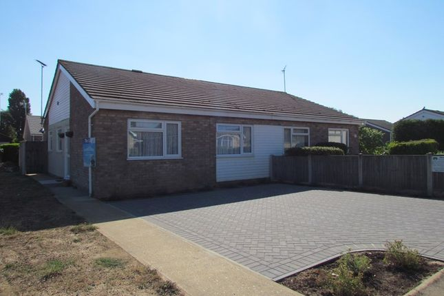Thumbnail Semi-detached bungalow to rent in Warham Road, Dovercourt, Harwich