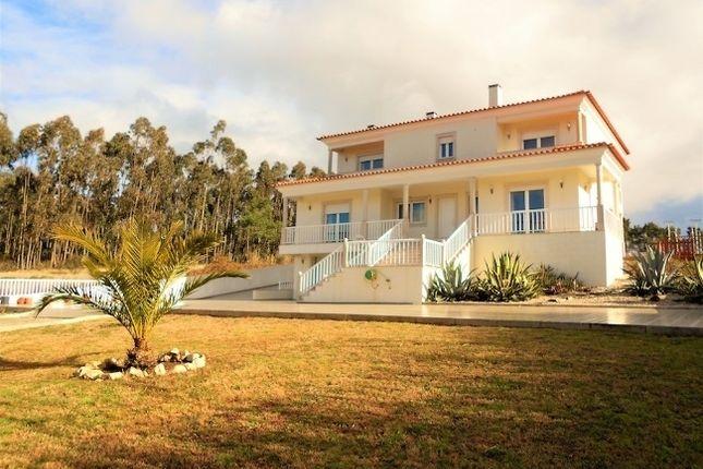 4 bed villa for sale in Caldas Da Rainha, Leiria