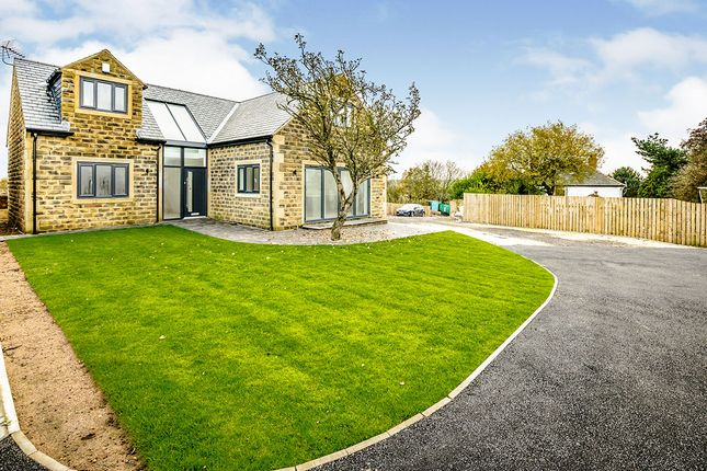 Thumbnail Detached house for sale in Carr Mount, Kirkheaton, Huddersfield, West Yorkshire