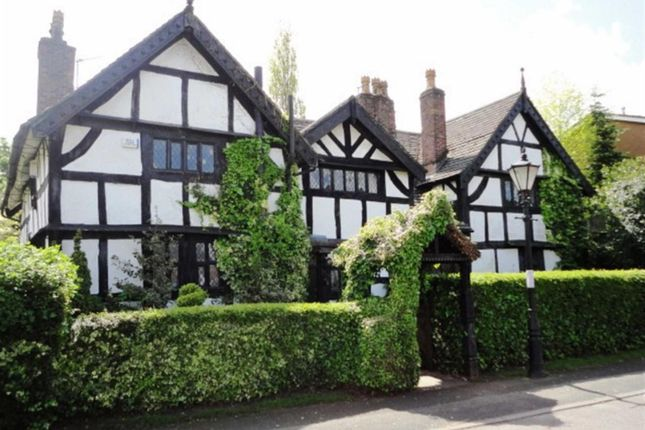 5 bed country house for sale in Old Road, Cheadle