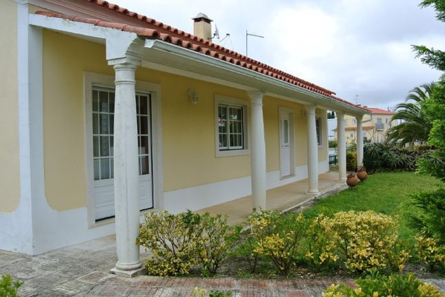 Detached house for sale in São Gregório, Portugal