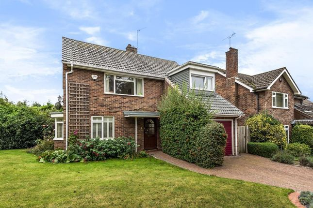 Thumbnail Detached house for sale in Ferne Close, Goring-On-Thames