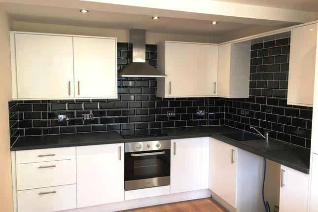 Thumbnail Flat to rent in Richardshaw Lane, Pudsey, Leeds