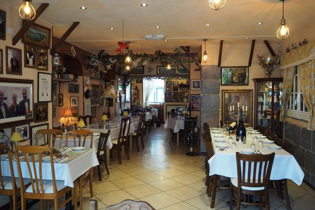 Thumbnail Restaurant/cafe for sale in Restaurants HD1, West Yorkshire