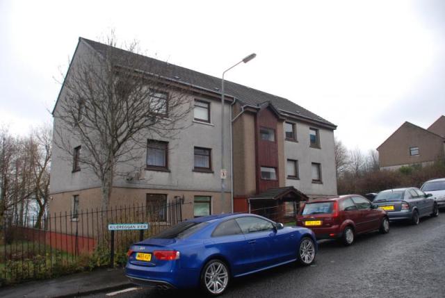 Thumbnail Flat to rent in Kilcreggan View, Greenock PA15,