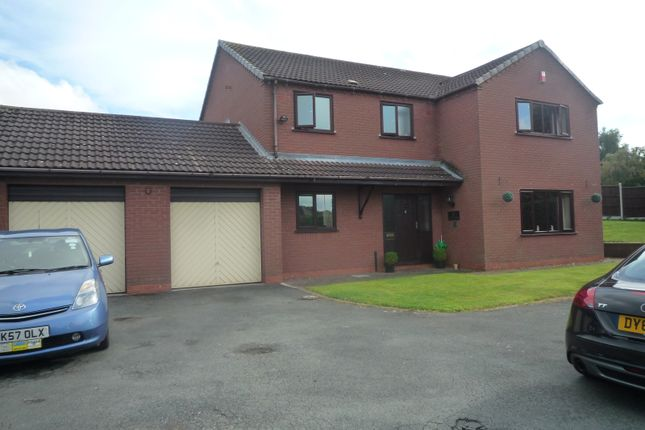 Thumbnail Flat to rent in Brook Road, Telford, Madeley